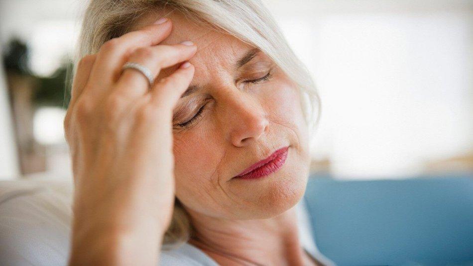 علت بروز انواع سردرد و درمان سر درد میگرنی